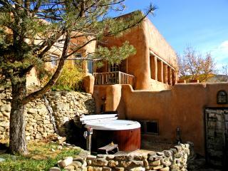 Adobe Hacienda - main house, Ranchos De Taos