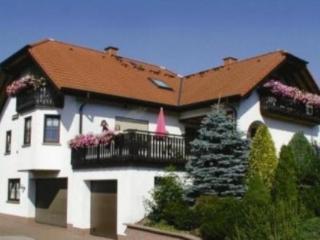 Vacation Apartment in Hilders - 538 sqft, comfortable, quiet, modern (# 4490)