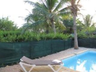 JOSEPHINE....a lovely, affordable townhome...walk to Orient Beach, St. Maarten