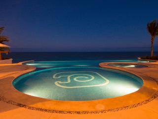 Okol Paraiso C6 - Beach Front, Playa del Carmen
