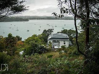 FAIRGROUNDS ESTATE | Peace, quiet and beauty., Isla Waiheke