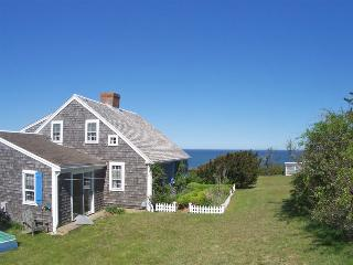 5-BR Family Cottage Directly On Nauset Beach:037-O, East Orleans