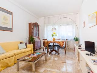 Spacious Bright Apartment Near Vatican Rome Centre