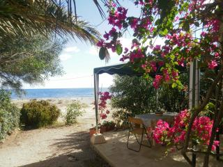 FISHERMANSHOUSES SELF CATERING STUDIO IN MAZARRON