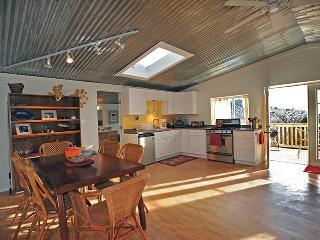 Family and Pet friendly Private Apartment Retreat, Santa Fe