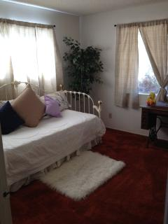 Room #2 - Trundle bed, sleeps 2!