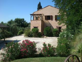 Tranquil location close to sea and mountains, Ripatransone