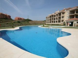 LUXURY APARTMENT FOR HOLIDAY MAKERS & KEEN GOLFERS, La Cala de Mijas