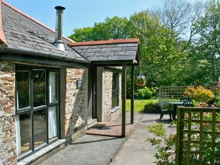 BRAMBLE COTTAGE, shared facilities including swimming pool, children's play area, play barn in Bude Ref 29357