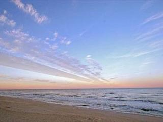 Cinnamon Beach 741 - Direct Oceanfront Signature End Unit !