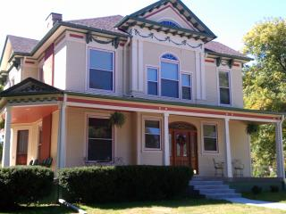 The Pryor House Bed & Breakfast, Shelby