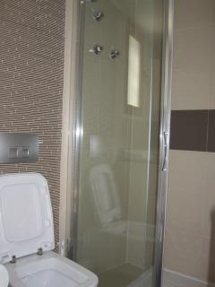 Modern Bathroom No 2