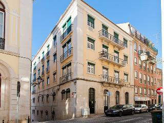 Central Chiado 5 Rooms + 3 Wc, Up To 17 Guests