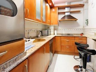Cocina completa (lavavajillas, secadora, horno, microondas, nevera...) / full kitchen