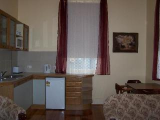 RJ's Bed & Breakfast.  Maryborough , Goldfields, Carisbrook