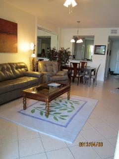 Stonebridge condo living room and kitchen