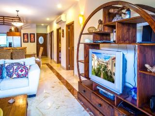 Luxury home in Paseo del Sol