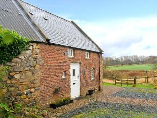 THE BOTHY, views over countryside, woodburning stove, off road parking, garden,