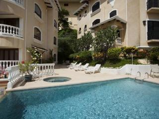 This 2-bed/2-bath unit on the ground floor in Flamingo with big outdoor terrace