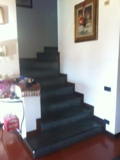 steps to first floor available for rent