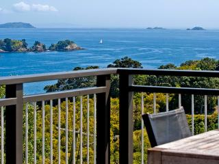 Outstanding in Oneroa, Waiheke Island, New Zealand