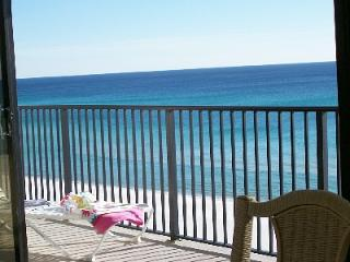 IRRESISTIBLE! ALL GLASS!, BEACH FRONT! 1400 Sq' 2br,2b w/ free beach set Mar-Oct