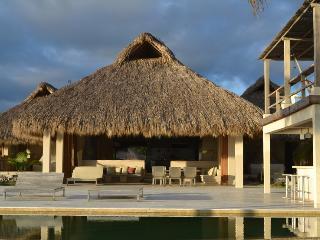 Gorgeous Beach Villa  with Lap Pool