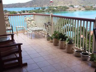1 Bdrm Villa with ocean views  FREE WI FI in unit!