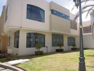 3 Bedroom House (in Private Complex) in Ambato