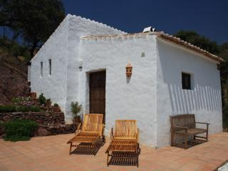 Romantic, peaceful Andalusian Shepherds cottage, Almogía