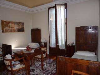 Twin room - first floor