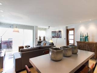 Calatrava Vista II - incredible views, amazing 5 bedroom duplex, Valencia
