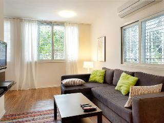 Shalag - Gordon Beach suite, Tel Aviv