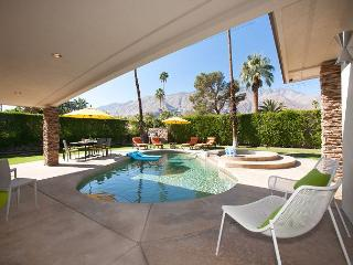 Sunny Skies~SPECIAL TAKE 15%OFF ANY 4NT STAY THRU 2/20, Palm Springs