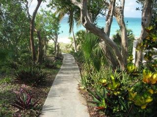 2-Bedroom waterfront house in Current, Eleuthera, Spanish Wells