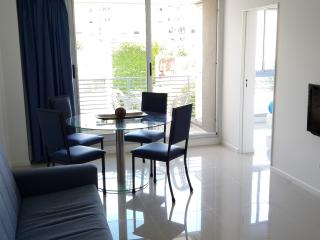 2 Bathrooms, Beautiful view & Great location! (4C), Buenos Aires