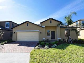 DISNEY 5BED 4BATH POOL HOME SLEEPS 10 GAMES ROOM, Davenport