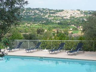 La Belle Vie Cote d'Azur cosy, luxury authenticity, Fayence