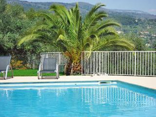 La Belle Vie Cote d'Azur cosy, luxury authenticity