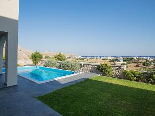 Haraki Villas Pool and Garden View
