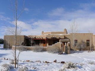 Designer Home; Spectacular Mountain Views