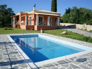 Private pool villa in Corfu from 180€/night