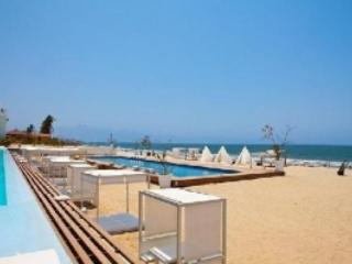 Beautiful two bedroom condominium on the beach!, Nuevo Vallarta
