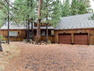 Family-friendly home with access to shared pool, hot tub, Black Butte Ranch