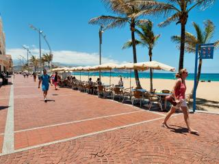 Apartment at Las Canteras BEACH FRONT  LZ84H, Las Palmas