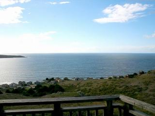 'Bella Oceana' New! HUGE VIEWS!Deck! HOTTUB!3rd night 1/2 Price thru May 15th, Dillon Beach
