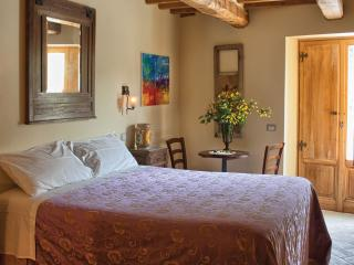 4 Bedroom Tuscan Farmhouse at Agriturismo il Capan, Pieve Santo Stefano