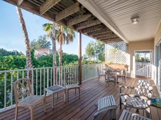Spectacular Beach House With GulfView Only Steps to a Pristine Beach