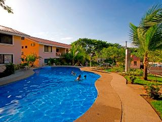 Just Renovated 2 BR. condo close to the beach, Playas del Coco