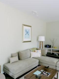 Studio One Lounge room